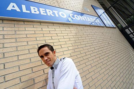 alberto-contador-pinto-sports-compl